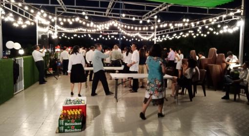Tổ chức tiệc buffet cho công ty