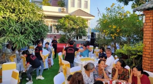 Nhận đặt tiệc tại nhà - Đặt tiệc tất niên tại Đồng Nai