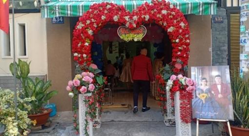 Đặt tiệc cưới tại nhà Bình Chuẩn Thuận An